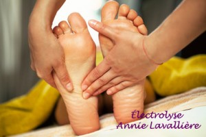 pedicure-epilfree-electrolyse-epilation-epiler-cire-soin-corporel-esthetique-main-pied-annie-lavalliere-granby-artistic-color-traitement